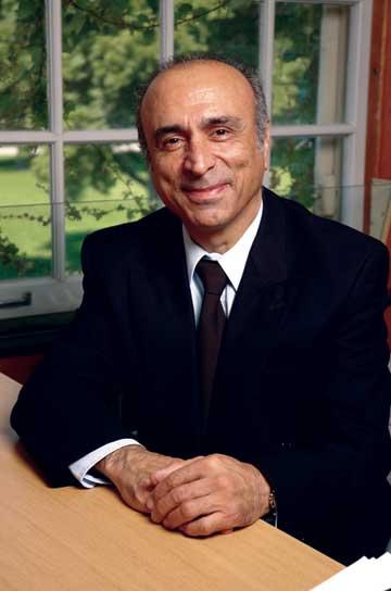 Portrait of Moshen Shahinpoor
